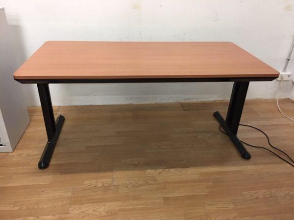 Table Strafor poirier